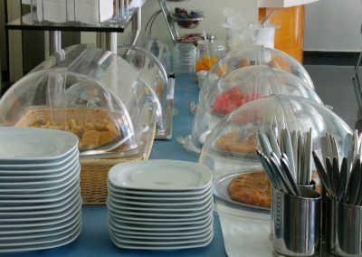 Hotel Nisaki-Syros-Greece breakfast