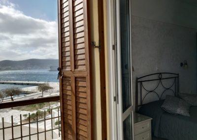 Δίκλινο με διπλό κρεβάτι και θέα την θάλασσα-2019-11