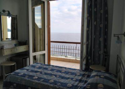 Δίκλινο με διπλό κρεβάτι και θέα την θάλασσα-2019-2