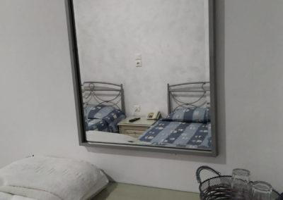 Δίκλινο με διπλό κρεβάτι και θέα την πόλη-2019-8